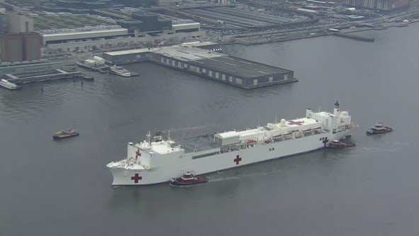 USNS Comfort equipped with 1,000 beds arrives in NYC