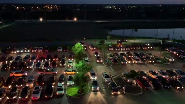Cars honk, flash lights in unison at Florida hospital to show support for health professionals