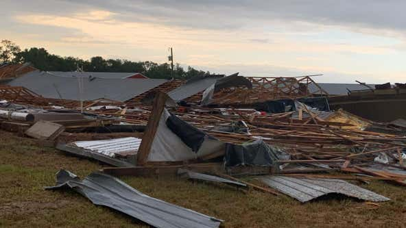 Possible tornado tears through Suwannee County