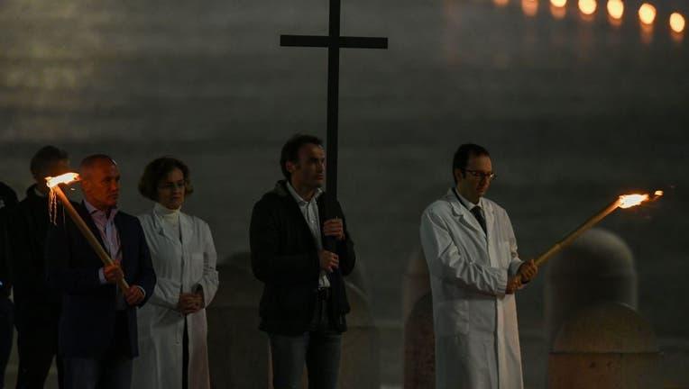 VATICAN-RELIGION-POPE-HEALTH-VIRUS-GOOD FRIDAY-WAY OF THE CROSS