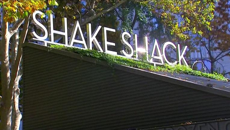 595cb2d5-shake shack