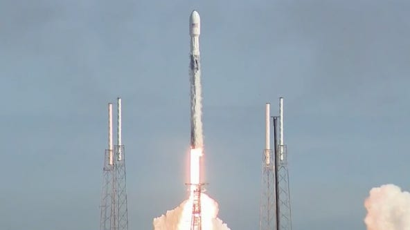 Despite weather threat SpaceX launches Falcon 9 carrying Starlink satellites