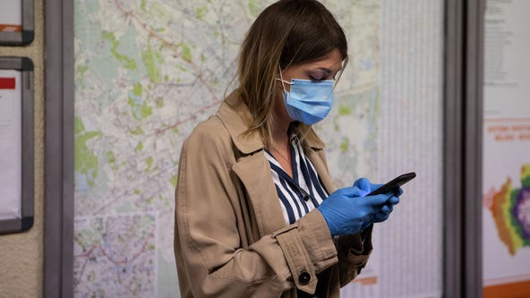 Epidemiologists call for widespread contact tracing 'as soon as possible' amid COVID-19 pandemic