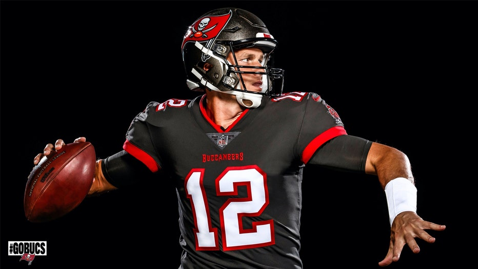 tom brady in bucs uniform 2