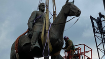 Richmond mayor orders removal of Confederate statues