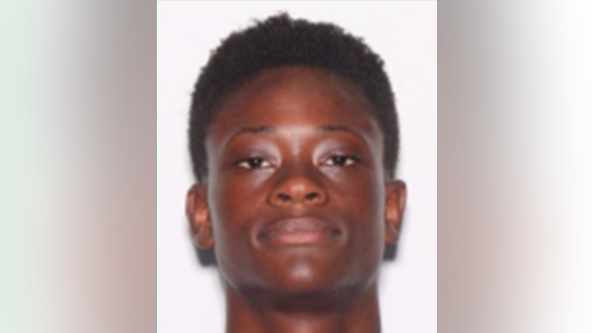 Flagler County deputies search for missing 18-year-old