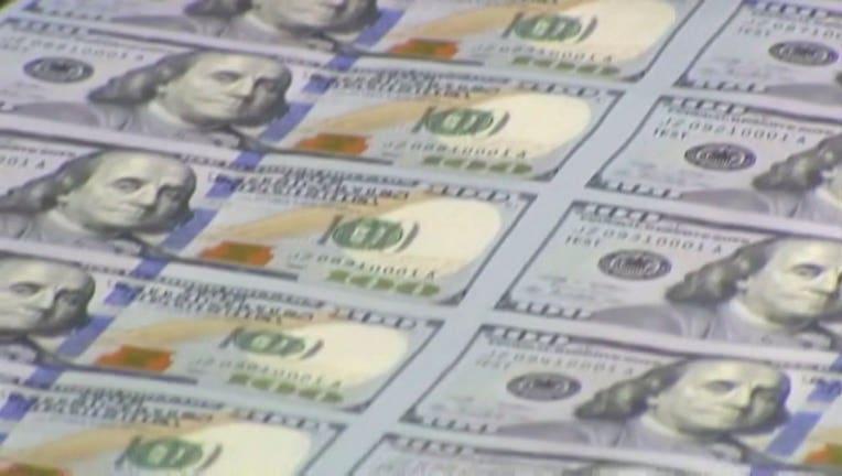 Money, $100 bill