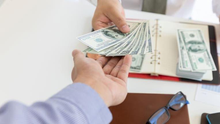 Credible-personal-loan-iStock-1144072727.jpg