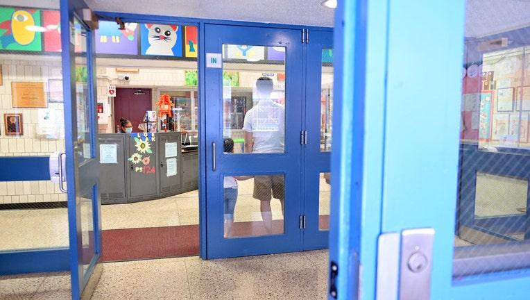 c12bda38-New York City School Teachers And Officials Prepare School For Reopening
