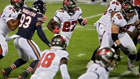 Jones goes over 100 yards again for Bucs in loss to Bears