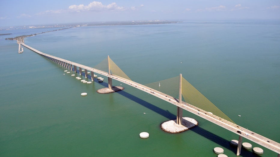 sunshine20skyway20bridge_1519846392391.jpg_5017295_ver1.0_640_360.jpg