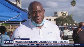 Magic Johnson provides Thanksgiving meals for Orlando families