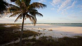 Florida hospital COVID nurses surprised with island vacation