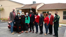 Orange County leaders participate in this year's Apopka Christmas parade
