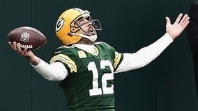 Aaron Rodgers donates $500K to small business aid fund