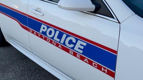 Officials: Small plane crashes at Daytona Beach airport