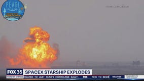 SpaceX Starship explodes