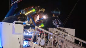 2 riders pulled from slingshot attraction in Kissimmee after 'malfunction,' officials say