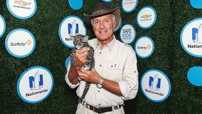 Jack Hanna diagnosed with dementia that has progressed into Alzheimer's, daughters say