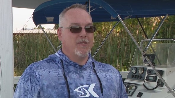 Tavares man rescues boater hanging on to the propeller of his capsized boat