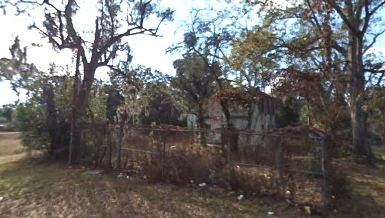 5757f3cc-gilchrist jail google street view
