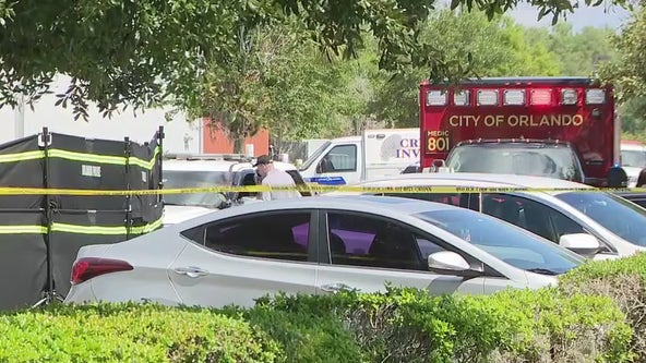 Police: 1 dead after shooting at Orlando immigration building