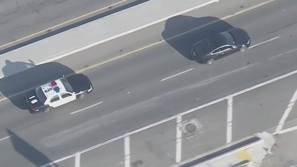 Suspected stolen car leads LAPD on a chase in San Fernando Valley
