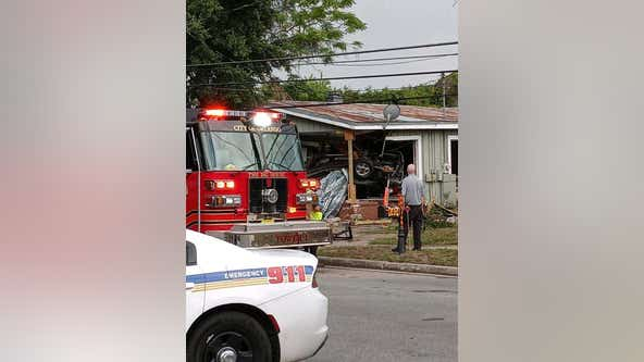 'I'm really homeless': Orlando resident struggling after driver crashes into home