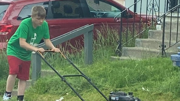 Teen mows veterans' lawns to honor late grandfather: 'He taught me'