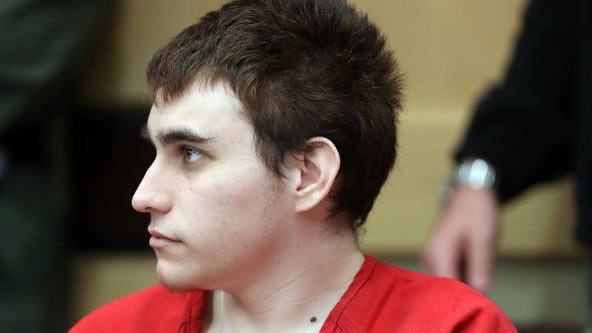 Video shows Parkland school shooting suspect attacking jail guard