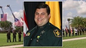 Community gathers to remember Polk County deputy who died from COVID-19