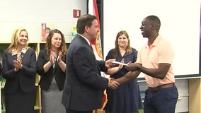 'A success story': Lakewood Elementary teachers in St. Pete first to receive $1,000 bonuses