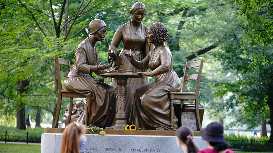 A view of the Statue of women's rights pioneers (Sojourner