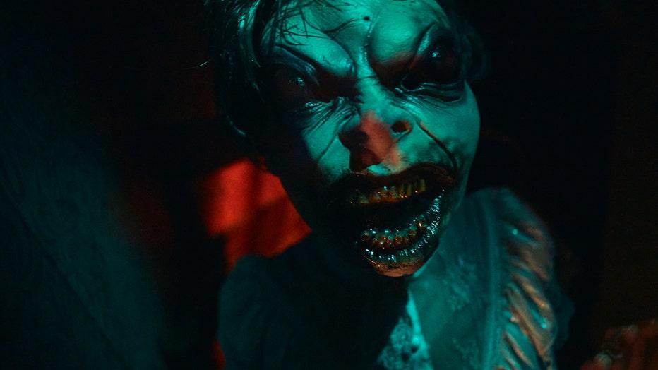 halloween horror nights house