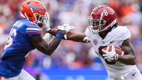 No. 1 Alabama holds off No. 11 Florida 31-29 in SEC opener