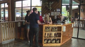 Central Florida businesses take stand on Biden vaccine mandate