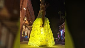 Girl finds magical photo spot at Disney's Hollywood Studios