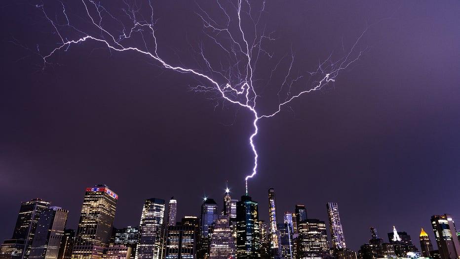 wtc_lightning_02
