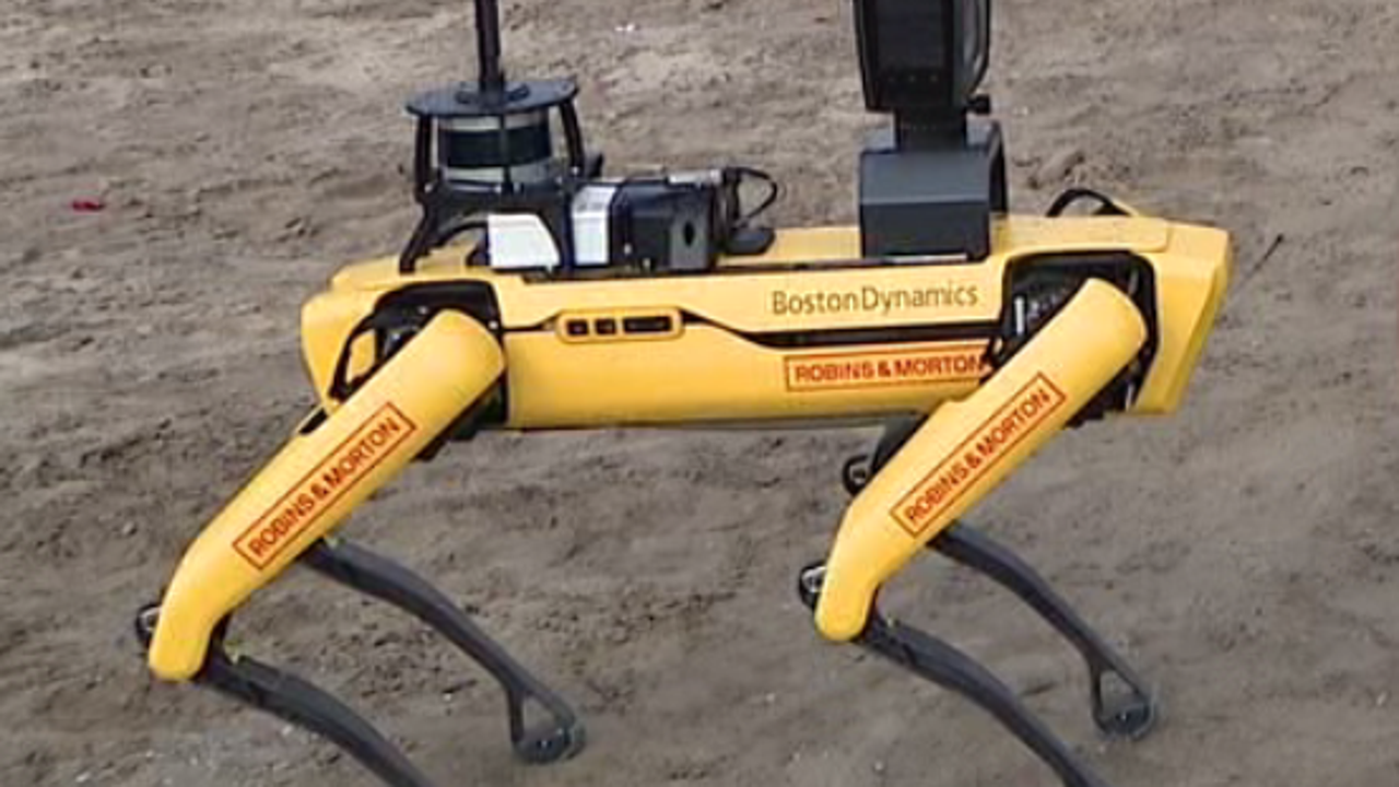'Robot dog' helps Orange County construction crew using new technology