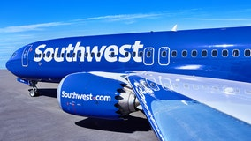 Southwest, American Airlines will comply with federal vaccine mandate despite Texas governor's order