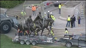 Robert E. Lee statue removed from Dallas park now on display at West Texas resort