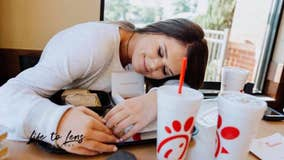 Teen takes senior pictures at Chick-fil-A