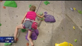 Children's Hospital Heroes: Wall Climber