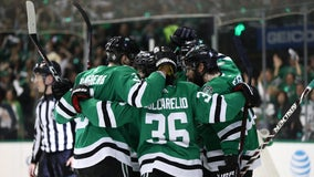 Stars, Blues tied 2-2 heading to game 5
