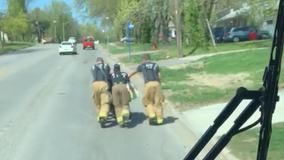 WATCH: Firefighters push disabled veteran home when his electric wheelchair battery dies