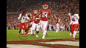 Mayfield leads No. 10 Oklahoma to 49-27 win over Texas Tech