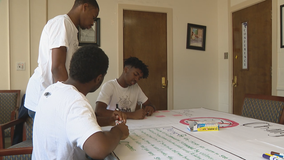 Young North Texans create financial literacy program to help fellow students