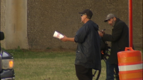 Dallas launches new pilot program to curb panhandling problems