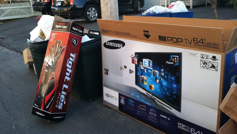 0206e698-packaging trash_1514292976010.jpg-401385.jpg
