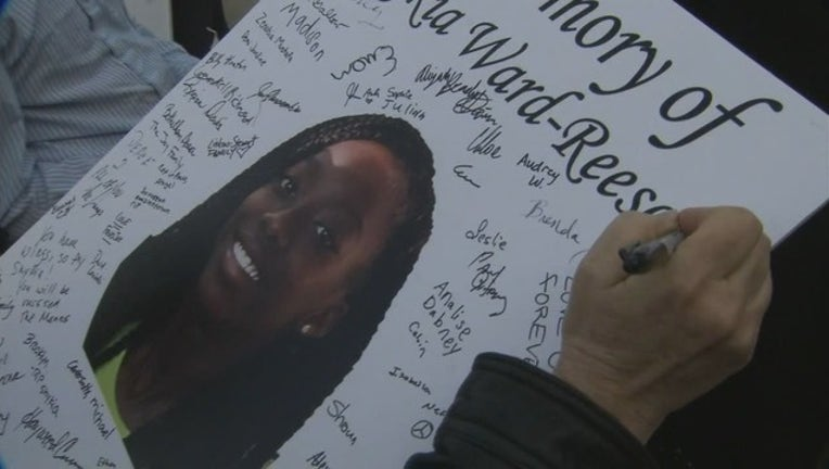 0404138a-V WEST TRINITY DOUBLE HOMICIDE VIGIL 10P_00.01.19.16_1522203839278.png-404959.jpg
